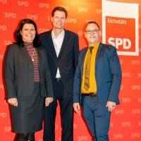 Bezirkstagskandidatin Andrea Mickel, UB-Vorsitzender Sven John und Landtagskandidat Christian de Lapuente